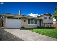 1025 Whitman Ct The Dalles OR, 97058