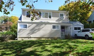 198 Mountaindale Rd Yonkers NY, 10710