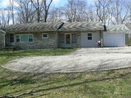 213 S Lakeview Dr Petersburg IN, 47567