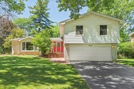 6606 S Stough Willowbrook IL, 60527