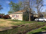 706 9th West Frankfort IL, 62896