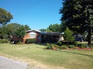 617 S 4th Street Okemah OK, 74859