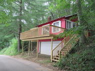 230 W Pickeral Lake Drive Newaygo MI, 49337