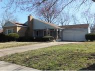 1640 Forest Carthage MO, 64836