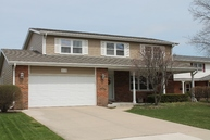 1828 W Willow Ln Mount Prospect IL, 60056