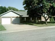 2502 Canterburry Dr Hutchinson KS, 67502