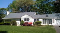 50 Mohawk Dr Brightwaters NY, 11718
