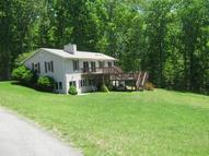 198 Retreat Ln Huddleston VA, 24104