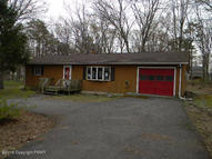 5117 Hickory Ln East Stroudsburg PA, 18302