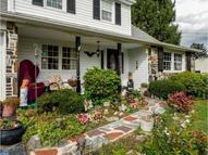 41 Starling Rd Holland PA, 18966