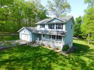 19 Oak Mountain Dr Hawley PA, 18428