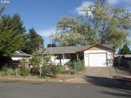 927 56th St Springfield OR, 97478