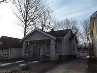 20577 Woodstock Ave Fairview Park OH, 44126