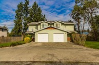 612 11th Ave E Milton WA, 98354