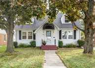 1320 23rd Avenue East Moline IL, 61244