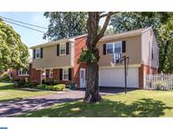 704 Lincoln Dr Brookhaven PA, 19015