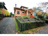 3804 N Colonial Ave Portland OR, 97227