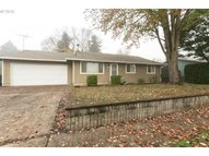 626 Se Locust St Dundee OR, 97115