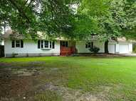 452 Chain Ferry Road Mattaponi VA, 23110