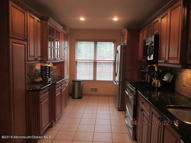 12 Atrium Way 1-2 Manalapan NJ, 07726
