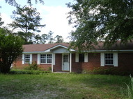 227 Mimosa Ave Folkston GA, 31537