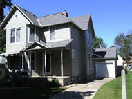 309 N 7th St Estherville IA, 51334