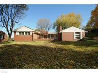 1830 Dunkeith Dr Northwest Canton OH, 44708