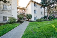6700 Ne 182nd St  Unit B-105 Kenmore WA, 98028
