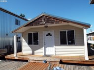 34326 Johnson Landing Rd B-4 Scappoose OR, 97056