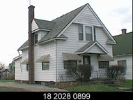 2114 Roger South Bend IN, 46628