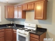 212 Fairharbor Dr 212 Patchogue NY, 11772