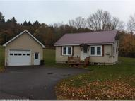 9 Grove St Guilford ME, 04443