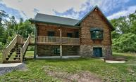 61 Bowens Rd Moscow PA, 18444