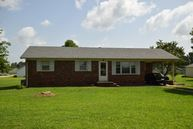 132 Morisch Oakfield TN, 38362