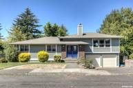 781 E Kathy St Stayton OR, 97383