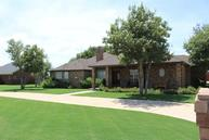807 Ave R Shallowater TX, 79363