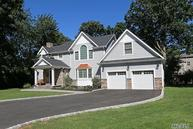 118 Village Rd Roslyn Heights NY, 11577