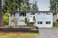 217 S 118th Ct Burien WA, 98168