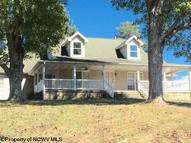 445 Sleepy Hollow Road Independence WV, 26374