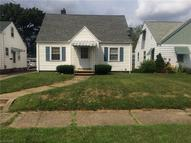 707 15th St Northeast Canton OH, 44714