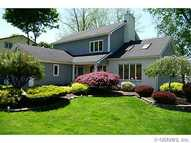 117 Woodside Dr Penfield NY, 14526