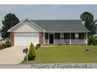 148 Gallop Ct. West End NC, 27376