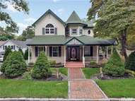 21 Soundview Ave East Northport NY, 11731