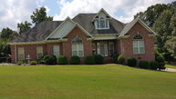 139 Carriage House Dr Camden TN, 38320