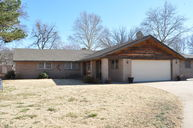 2303 Twisted Oak Woodward OK, 73801