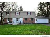 22 Mountain Rise Fairport NY, 14450