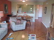 2525 S Shore Dr 5b Milwaukee WI, 53207