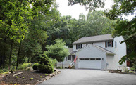 81 Connelly Dr Staatsburg NY, 12580