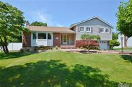 14 Brunswick Dr East Northport NY, 11731