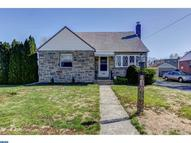 428 Evergreen Ave Folsom PA, 19033